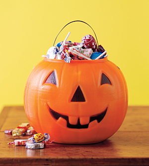 halloween-candy-bucket2
